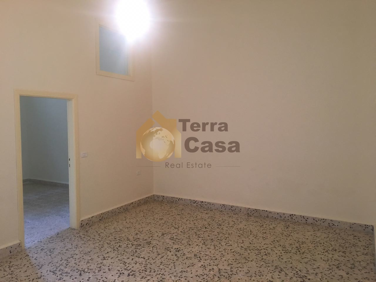 apartment for rent in maalaka fully renovated prime location.