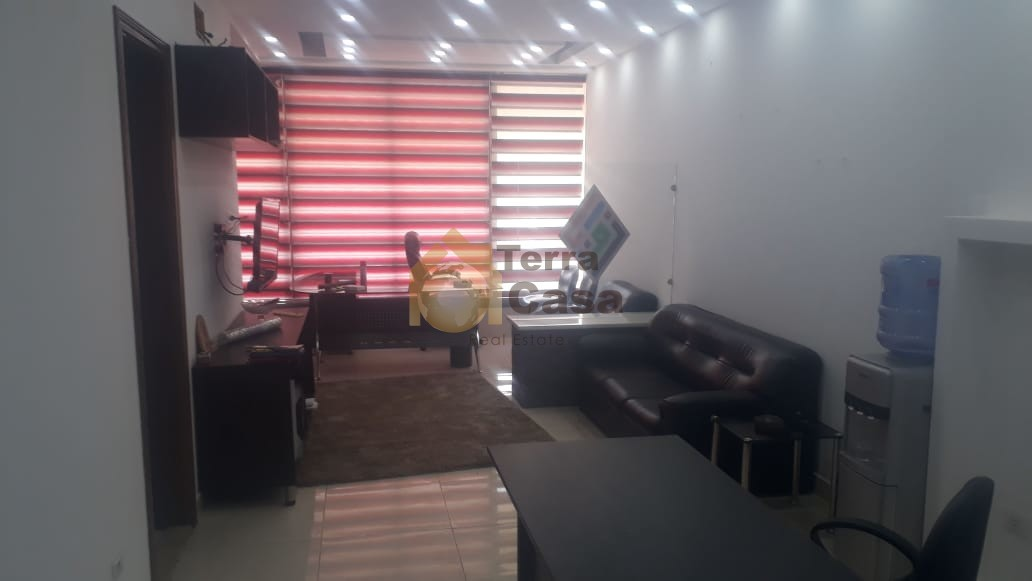 office for rent in zahle qoub elias prime location.