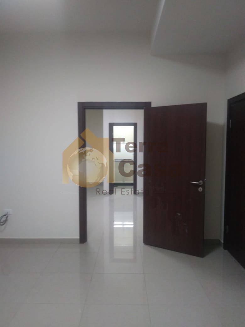 Office for rent in zahle haouch el omara brand new .
