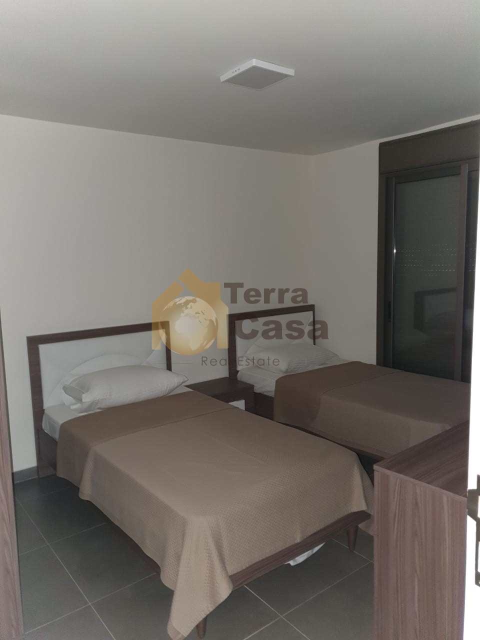 Chalet duplex fully furnished cash payment.