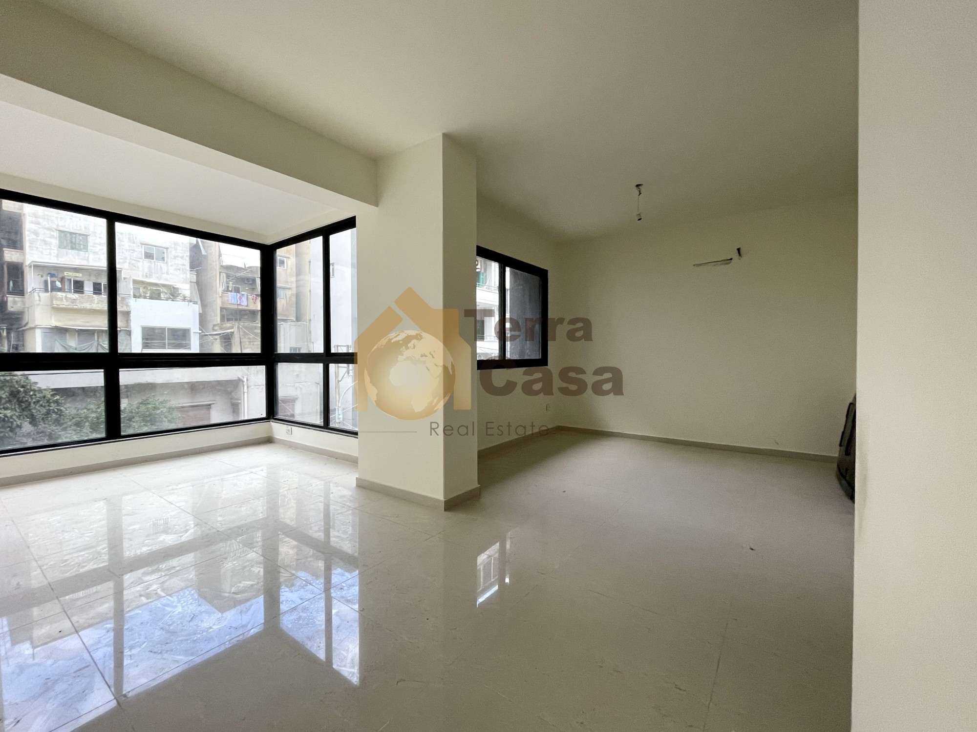 Ashrafieh apartment for sale 100 sqm for 650 000$/CB