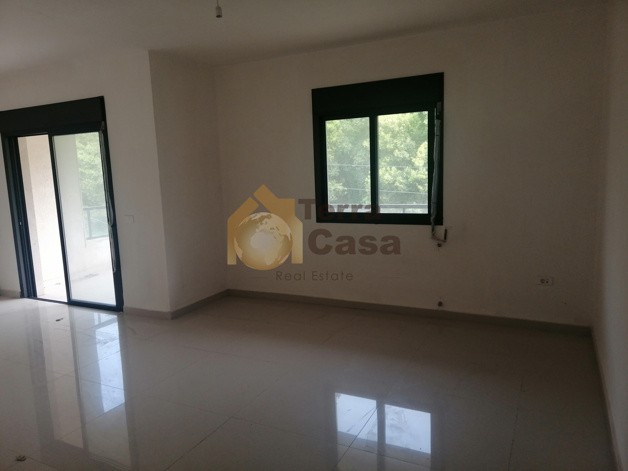 New apartment for sale in Achkout  banker cheque accepted
