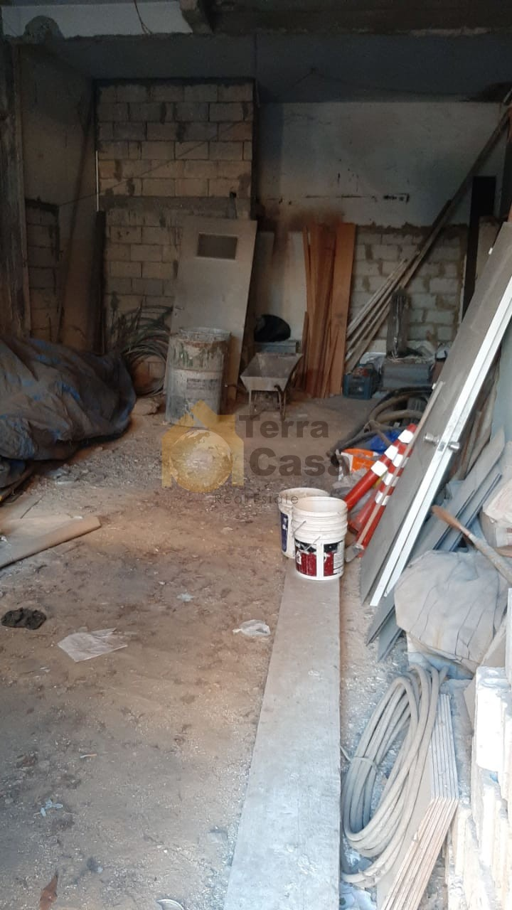 Shop in antelias core and shell 2500000 LBP per month