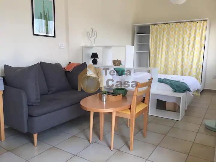 Fully furnished apartment cash payment prime location