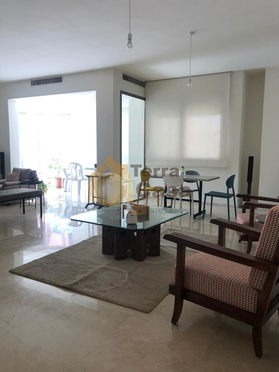 Apartment fully furnished cash payment prime location.