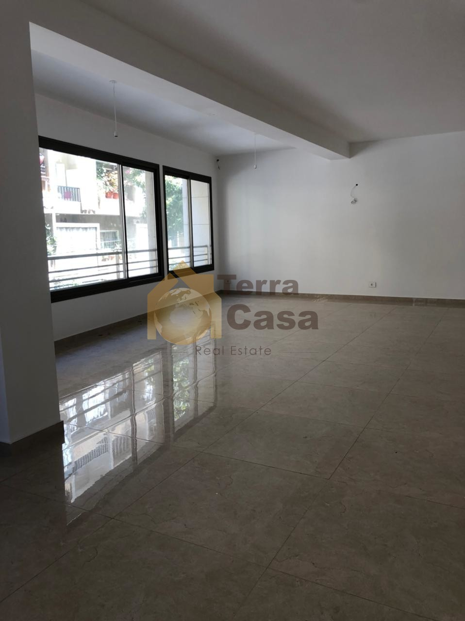 Apartment brand new luxurious cash payment.