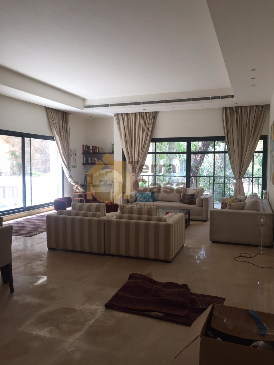 Luxurious fully furnished apartment cash payment.