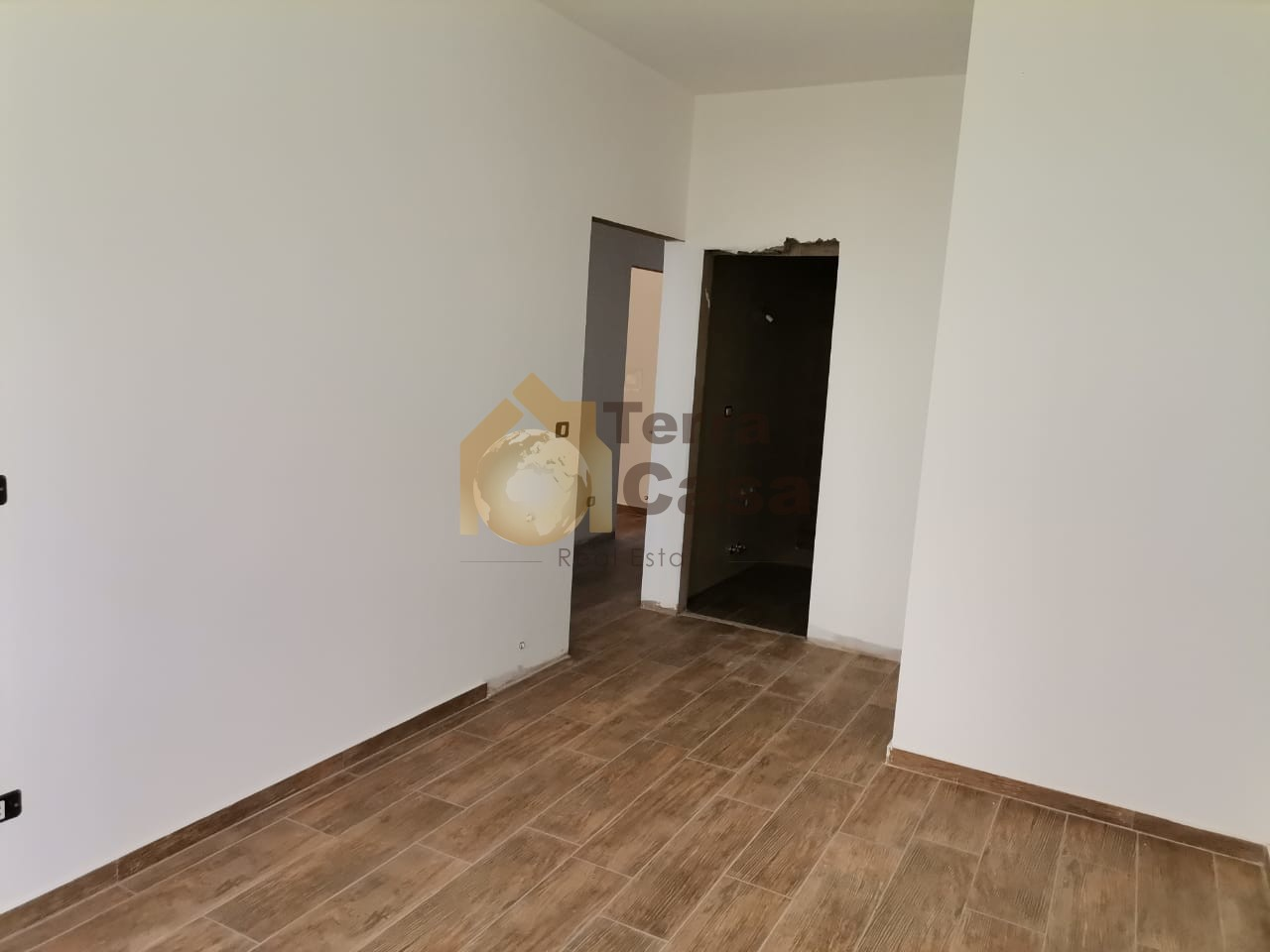 Brand new apartment cash payment.