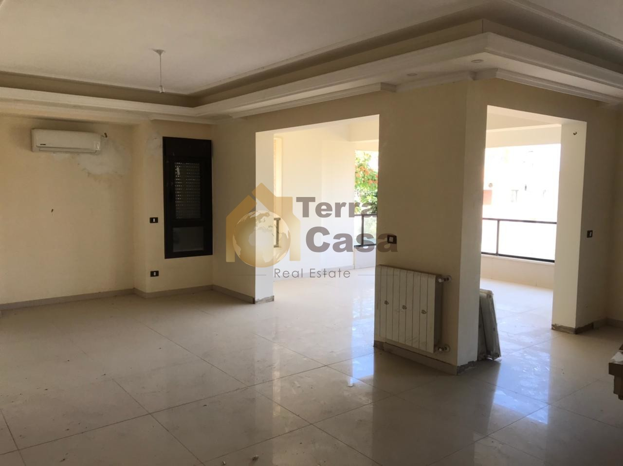 apartment for rent in hazmieh brand new cash payment.
