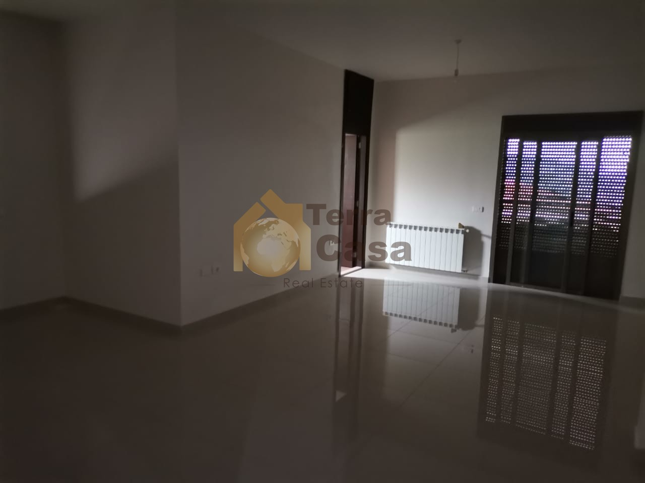 Brand new luxurious apartment cash payment.