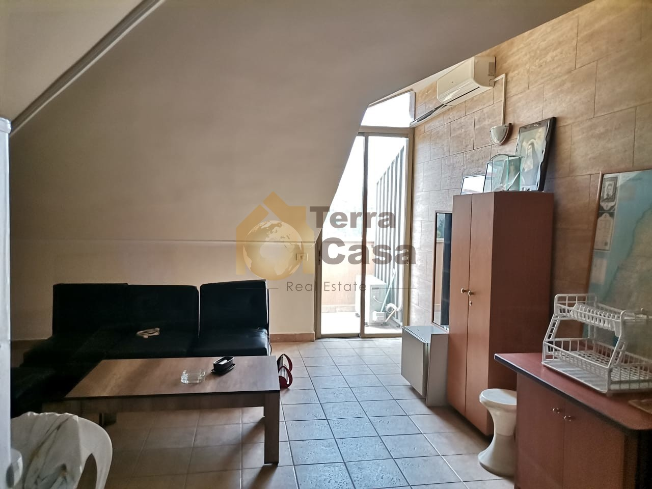 Fully furnished one bedroom apartment cash payment.