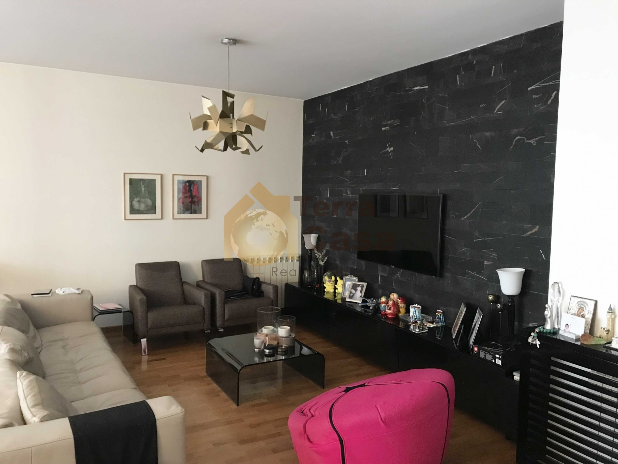 Luxurious fully furnished apartment in Mar takla