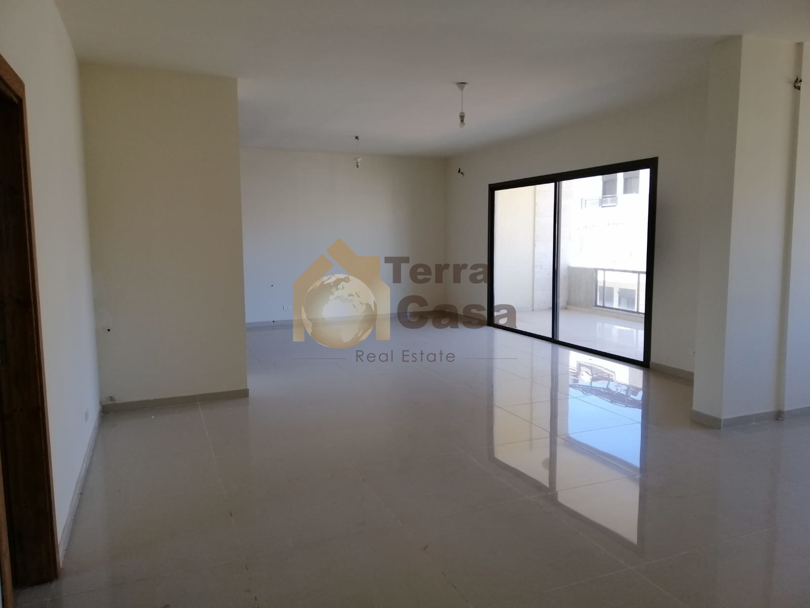 New apartment for sale in klayaat  mountain view cash payment.