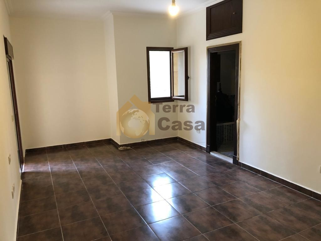 luxurious apartment for rent cash payment