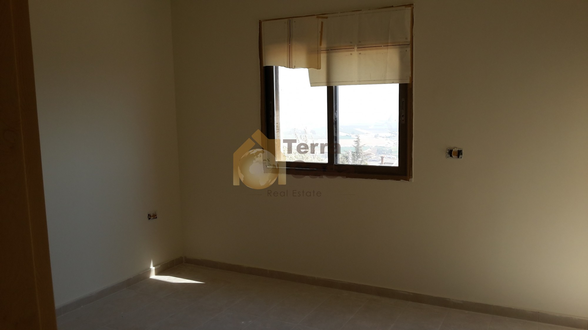 Apartment for sale cash dollars.