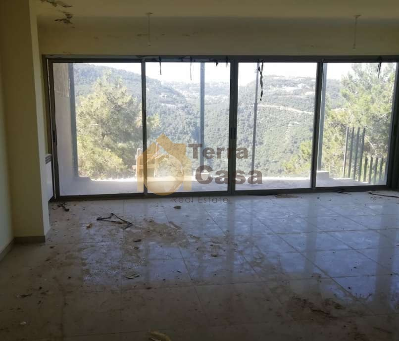 Apartment with terrace cash payment.