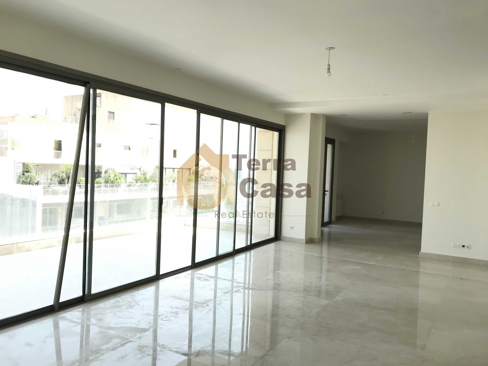 Brand new luxurious apartment for rent