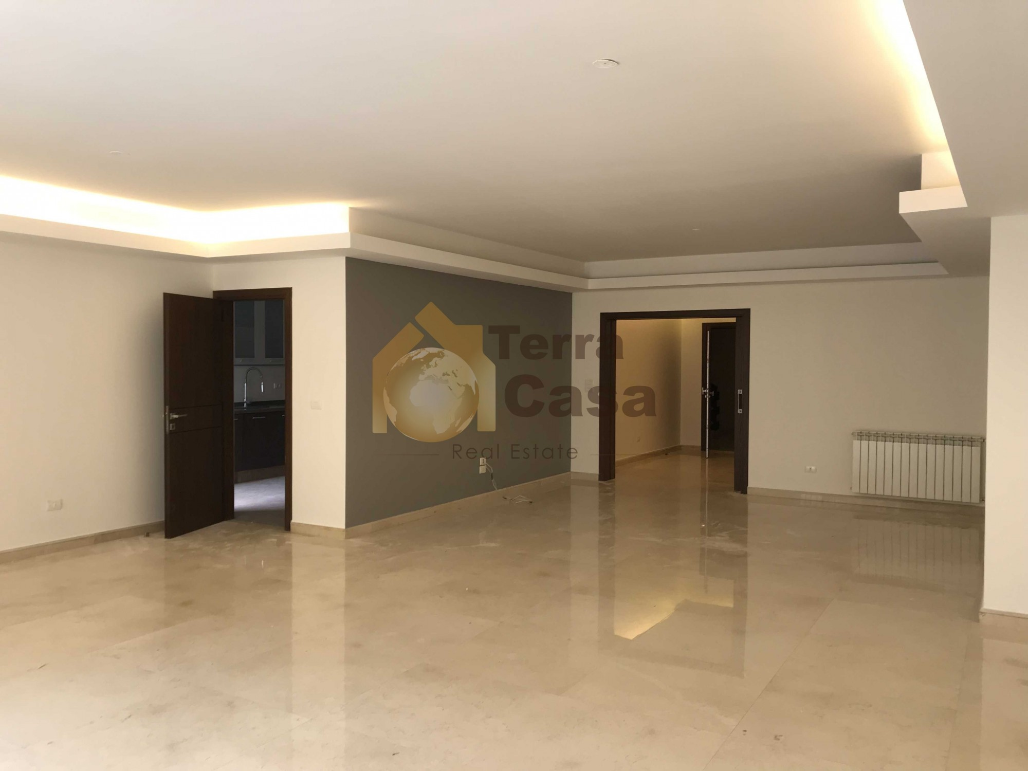 Apartment for rent in Mar Takla cash payment.