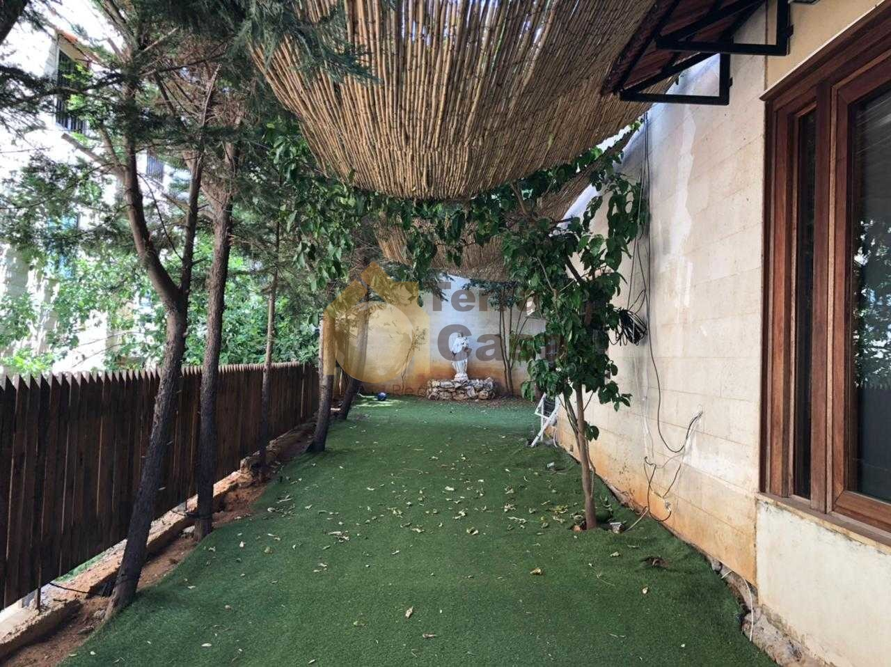 Fully furnished apartment garden 180 sqm cash payment.