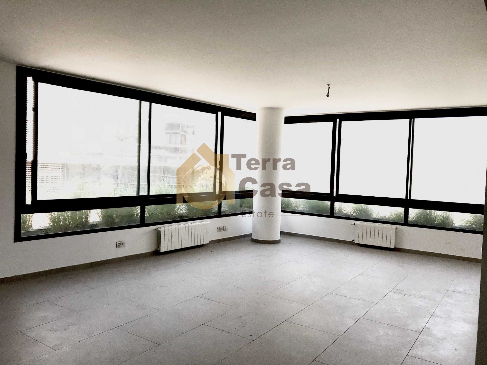 Luxurious apartment for rent in Mar Takla